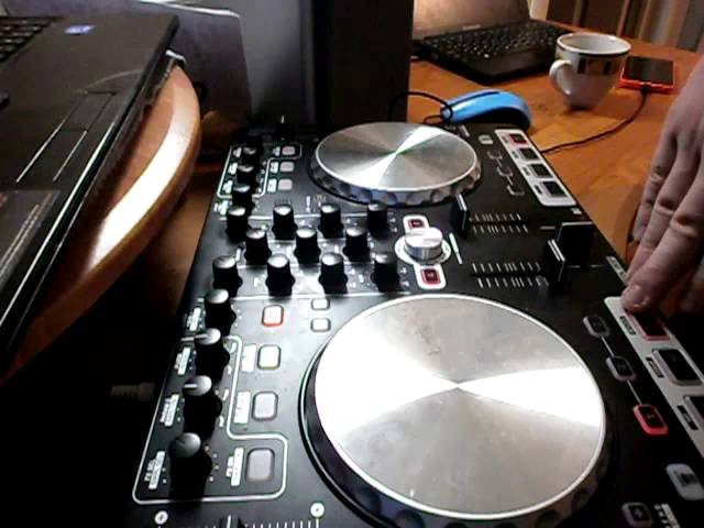 Minimix on reloop beatmix by Loudboom