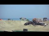 Монстры на пляже!!!