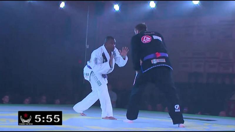 Tyson Blair (Gracie Barra) vs Clarence Chaney (New Breed Academy) kimura vs DHG