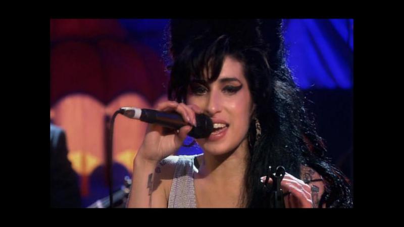 AMY WINEHOUSE - Love Is A Losing Game ( Любовь Жестокая Игра ) ( Live In Shepherds Bush Empire , London , England \ 2007 г