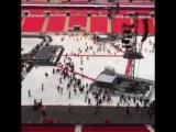Фанаты занимают места в фанзоне на стадионе Уэмбли (2 июня)