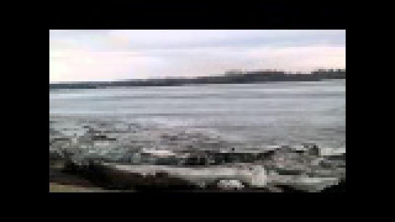 Начало ледохода на Томи Юрга 2016