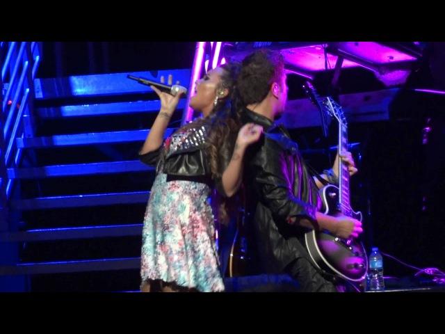Demi Lovato - Get BackHere We Go AgainLa La Land (Live in Los Angeles 9-23-11)