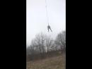 Какой-то дибил прыгает с башни смотреть без регистрации и смс
