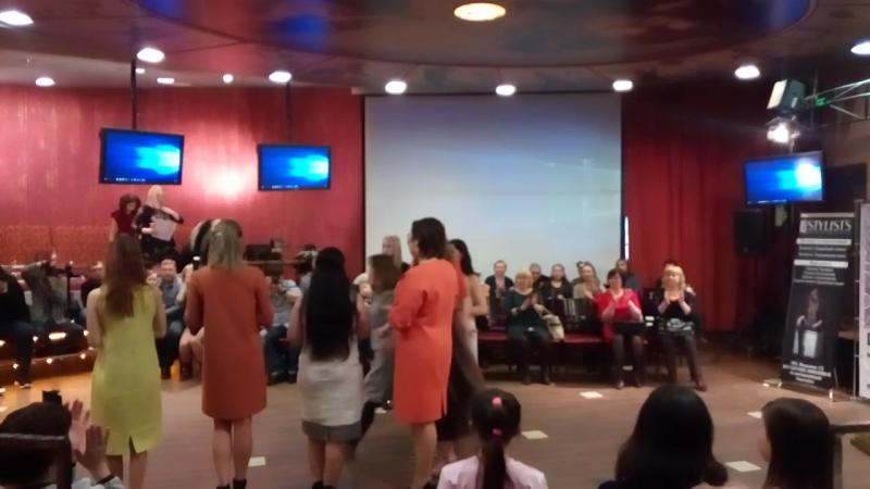 ИМИДЖЕВЫЙ ПОКАЗ ДИНАРА КАПРАЛОВА QUEI ESTA на STATUS FASHION DAY 2017