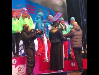 Сборной России по биатлону вручили бронзовые медали чемпионата мира