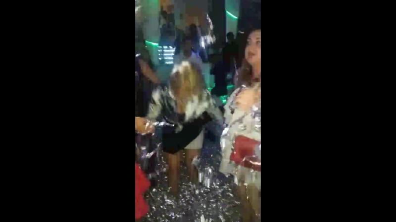 White party 😎😆