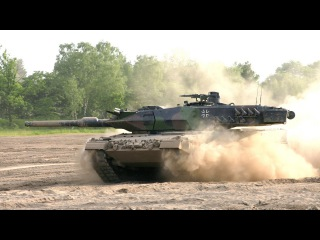German tank.LEOPARD 2A5 tank US M1A2 ABRAMS IN ACTION