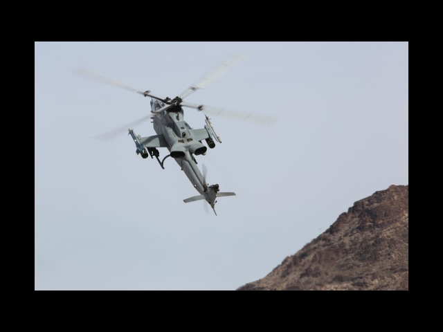 Bell AH-1Z Viper is a twin-engine attack helicopter based on the AH-1W Super Cobra,US Attack Helico