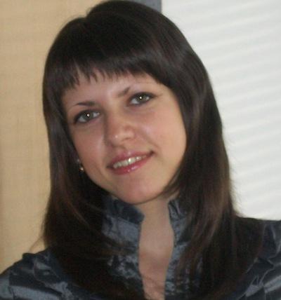 Лена Антонова