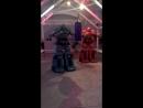 выставка роботов робот- боксер ... его минимальный удар