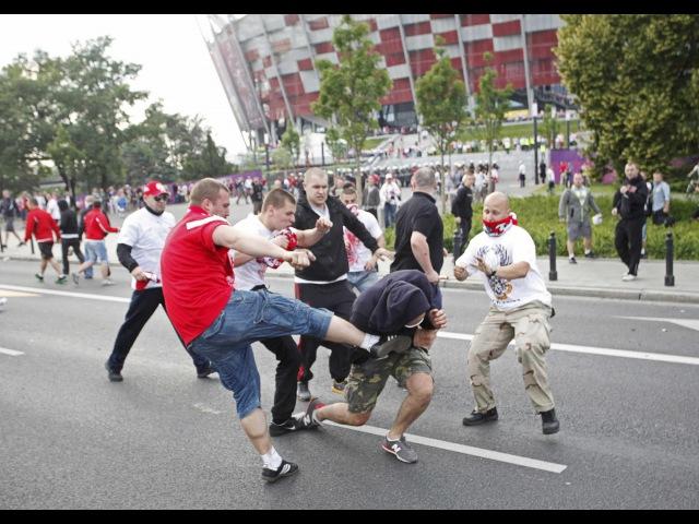 Как бить в драке! Самые эффективные приёмы для уличной драки. Самооборона на улице. rfr ,bnm d lhfrt! cfvst 'aatrnbdyst ghb`vs l