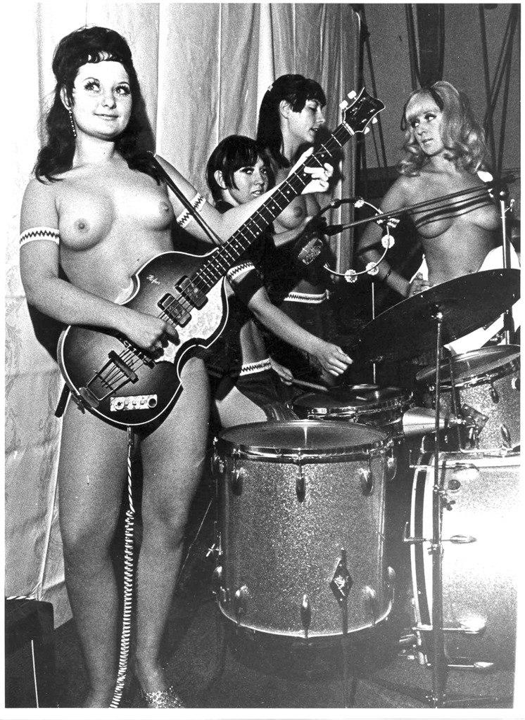 Topless bend, asian girl dating bethlehem