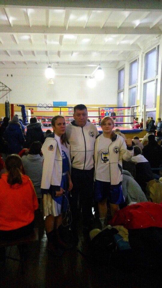 Поразку та перемогу привезли херсонські боксерки, фото-1