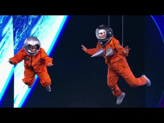 Камеди Вумен - Женщины в космосе
