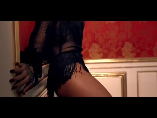Musicless Musicvideo SHAKIRA Can't Remember to Forget You ft Rihanna