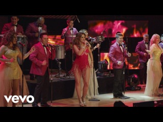 La Sonora Dinamita - Escándalo ft. Mariana Seoane