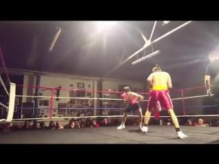 Highlights - Sergio vs Naz Boxing