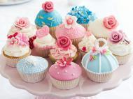 поздравляю я тебя с днем рождения :)