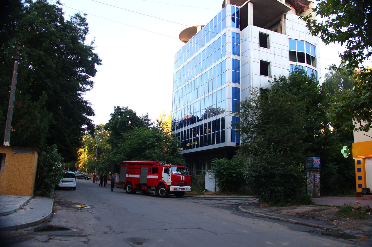 Херсонская полиция «крышует» своего сослуживца рэкетира