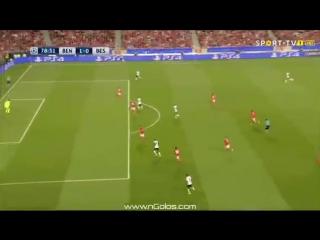 Рикарду Куарежма вырубил футболиста