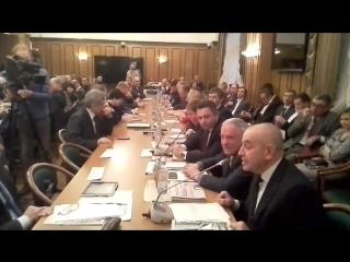 Николай Дижур на круглом столе в Госдуме рассказывает о ситуации в Павловской Слободе: