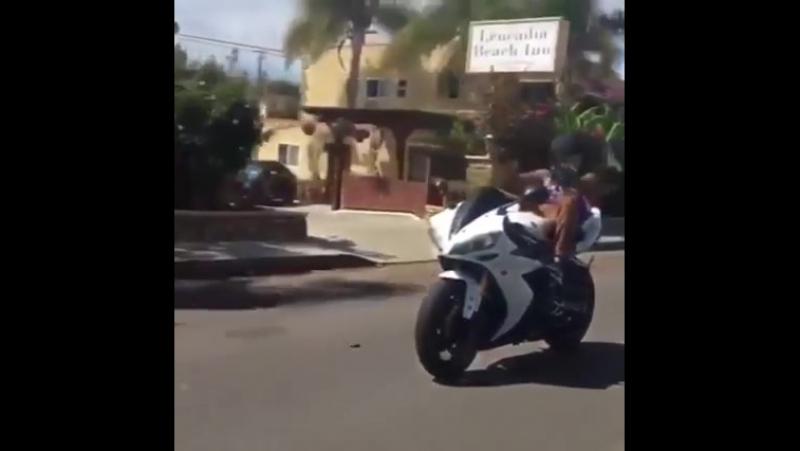 I love moto sport LoL