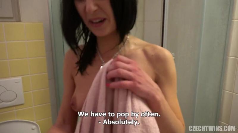 [CzechTwins CzechAV] Czech Twins 6 [Reality,Lesbian,Threesome,Pussy Licking,Gonzo,new porn 2016,hd]
