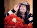 Как ведут кавказские девушки себя, когда получают цветы