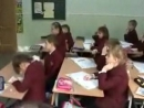 """Актуалізація опорних знань та способів дії учнів. Математичний диктант. Урок в 2-му класі. Тема """" Запис розв'язання задачі вираз"""