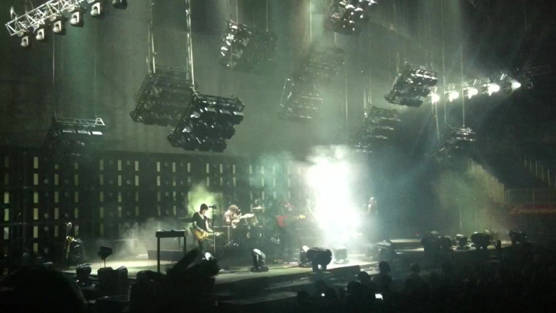 Nine Inch Nails - A Warm Place , Somewhat Damaged 14 oct 2013 @ Barclays Center