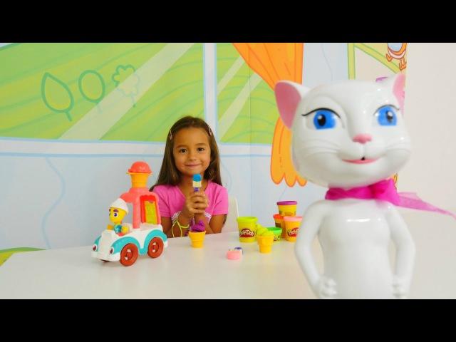 Oyun Diyarı - Ceylin ve Angela dondurma yapıyorlar. Evcilik oyunu. Çevrimiçi video izle