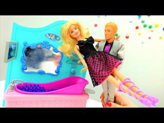#Кен встречает #Барби с работы. Мультики для девочек 💝 Видео про кукол #Barbie