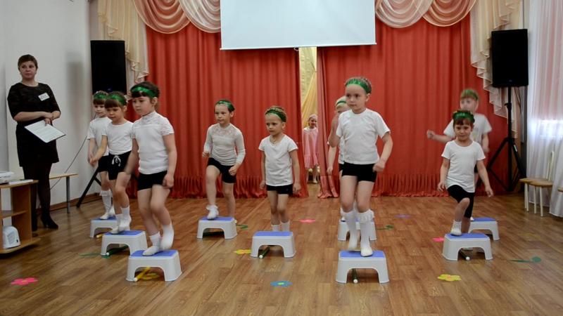 День открытых дверей в д с № 5 Созвездие спортивный танец г.Шадринск