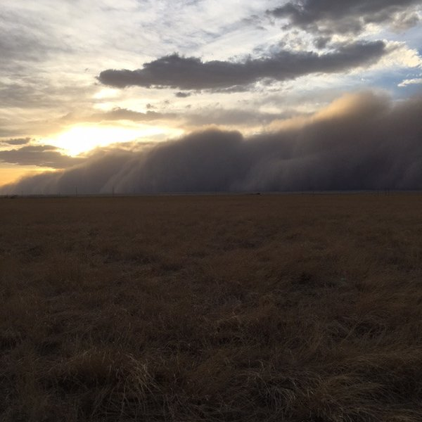 Sandstorm in northwest Oklahoma on April 5 2016, sandstorm oklahoma april 5 2016, sandstorm oklahoma april 5 2016 pictures, sandstorm oklahoma april 5 2016 photos, sandstorm oklahoma april 5 2016 video