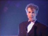 Pet Shop Boys - Left To My Own Devices (Top Of The Pops) (1988)