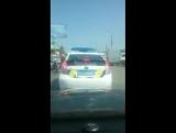 Впереди полиция-цветомузыка! И могут же праздник устроить!)))