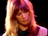 Nancy Wilson (Heart) plays Crazy on you Live Then and Now