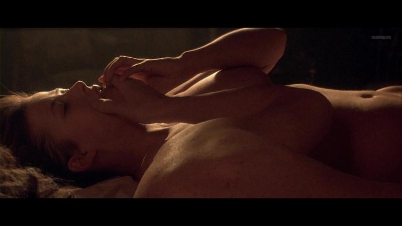 Софи Марсо (Sophie Marceau) голая в фильме «Пламя страсти» (1997)