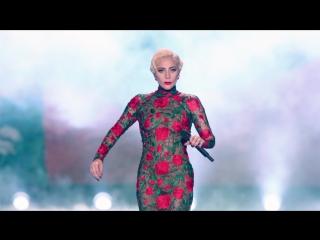 Lady Gaga - Million Reasons (Live @ Victoria´s Secret Show 2016 Paris)
