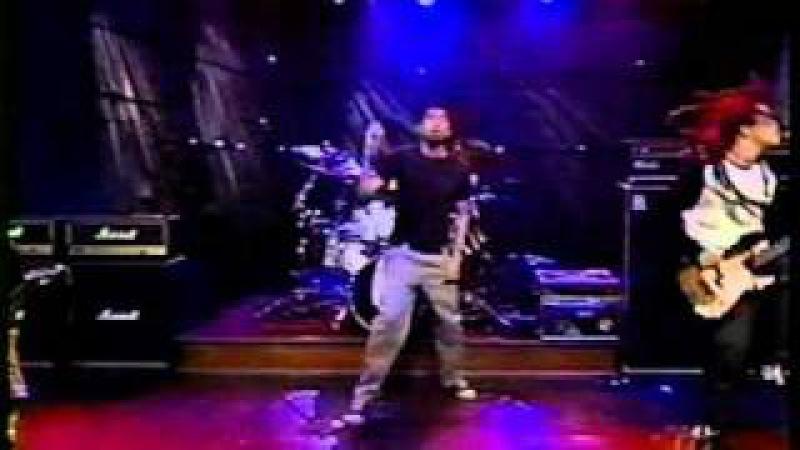 Deftones - Be Quiet And Drive (Far Away) - Live @ Conan O'brien 04-20-1998
