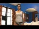 Hot Sunny Leone Dancing On Bed