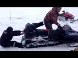 Что-то пошло не так! Как правильно кататься на снегоходе