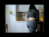 Скрытая камера под юбкой без трусов секс не порно не эротика