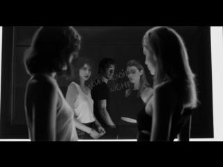Музыка из рекламы Yves Saint Laurent - La Nuit de L'Homme Eau Électrique (Vinnie Woolston, Jacquelyn Jablonski) (2017)