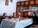 село Хухра Стоїть козак на чорнiй кручi