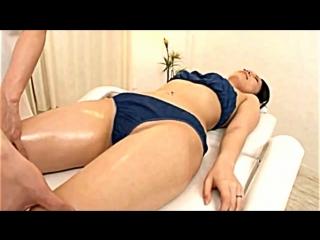 Japanese Body Massage Cute Girl Getting Oil Body new японский массаж