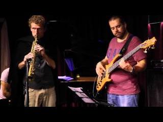 Евгений Побожий и Давид Сагамонянц - фрагменты выступления в джаз клубе Эссе