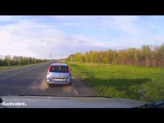 Жёсткое ДТП на переезде в Самарской области 8 05 2016 1