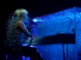 2009  Lady Gaga &gt Heartless - The Fame Ball Tour (Gagavision.net)